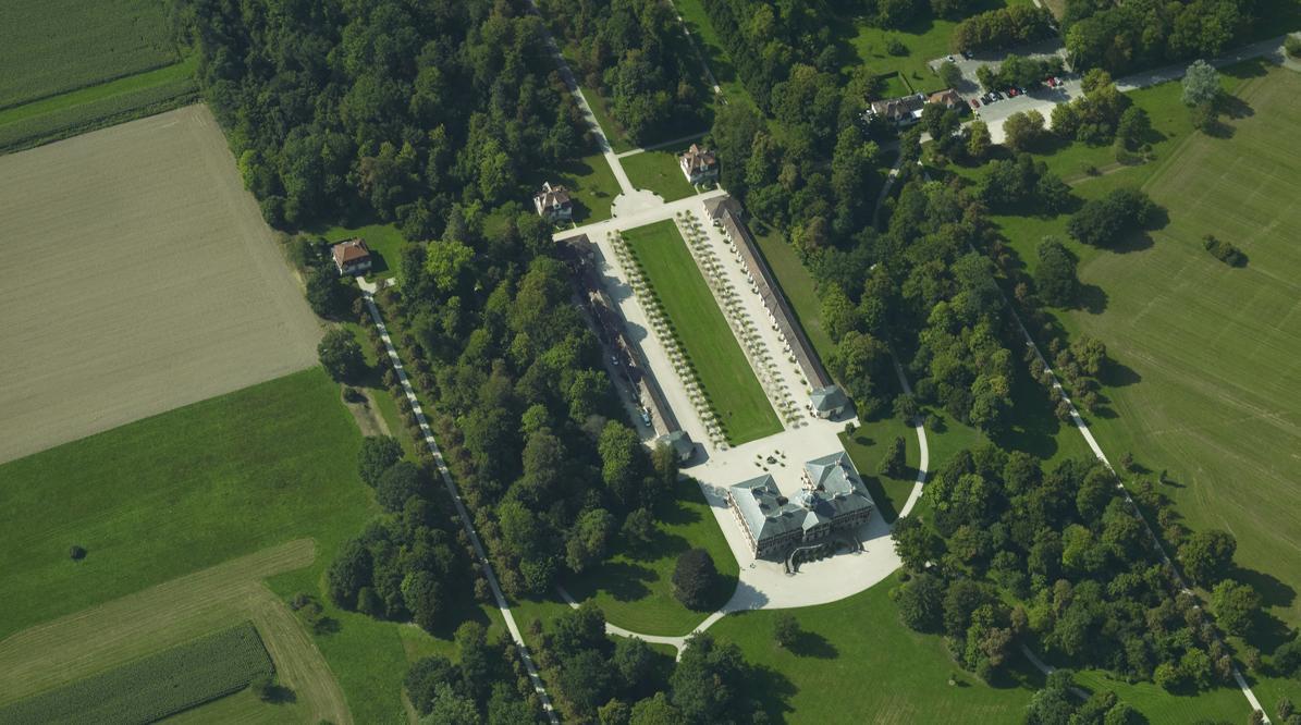 Luftbild von Schloss Favorite Rastatt mit Schlossgarten; Foto: Landesmedienzentrum Baden-Württemberg, Arnim Weischer