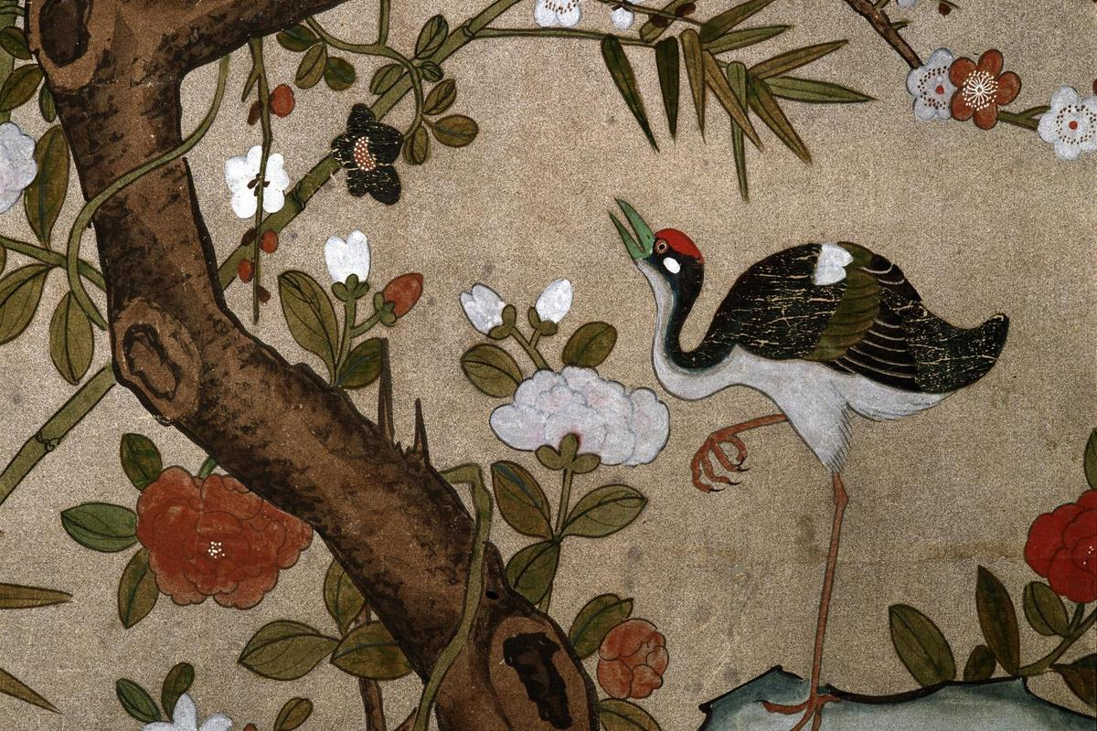 Crane motif wallpaper, Rastatt Favorite Palace. Image: Landesmedienzentrum Baden-Württemberg, credit unknown