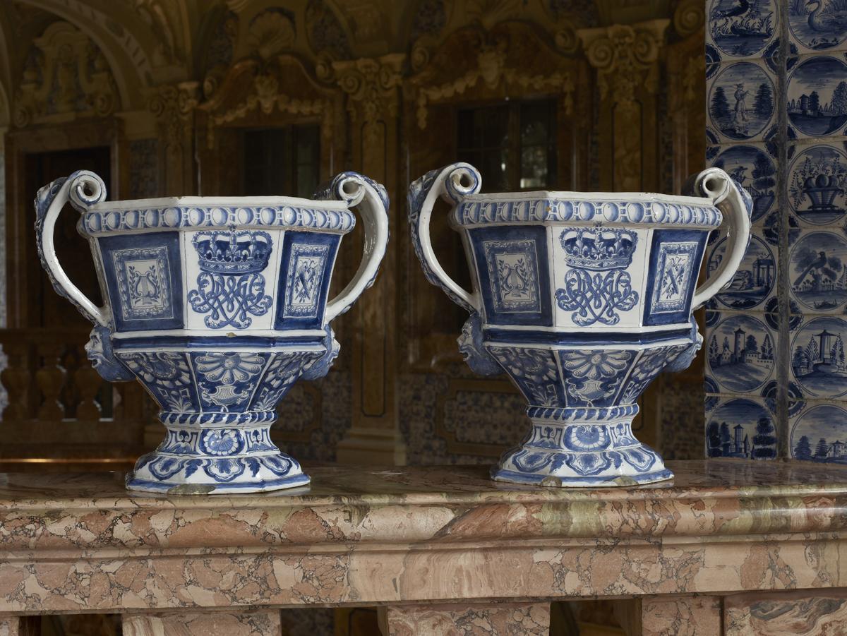 Delft glazed earthenware, Rastatt Favorite Palace. Image: Staatliche Schlösser und Gärten Baden-Württemberg, Martine Beck-Coppola