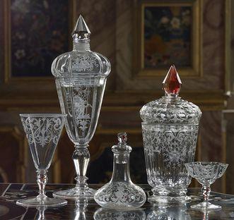 Ornate glassware on the pietra dura table in the Florentine cabinet, Bohemia early 18th century. Image: Staatliche Schlösser und Gärten Baden-Württemberg, Martine Beck Coppola