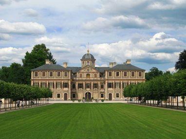 Schloss Favorite Rastatt von außen