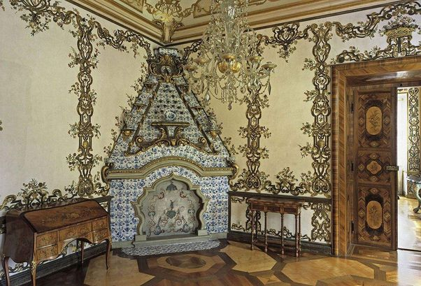 Rastatt Favorite Palace, A look inside the flower room