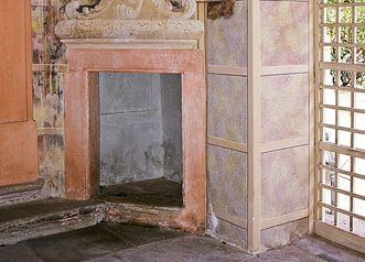 Stove alcove in the orangery, Rastatt Favorite Palace. Image: Landesmedienzentrum Baden-Württemberg, Andrea Rachele
