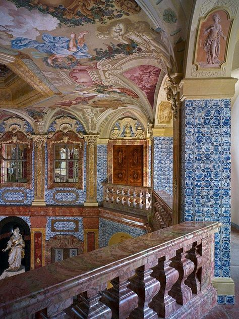 Rastatt Favorite Palace, A look inside the Sala Terrena