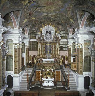 Innenansicht der Schlosskirche im Residenzschloss Rastatt