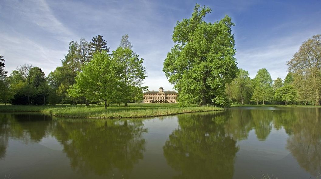 Ansicht der Schlossgartens von Schloss Favorite Rastatt