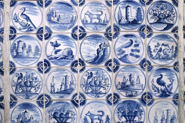 Delft-style tiles in the sala terrena, Rastatt Favorite Palace